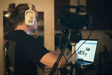 Jocke A SKINTRADE Studio Stream--5.jpeg