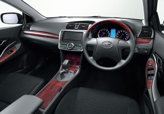 Toyota dash