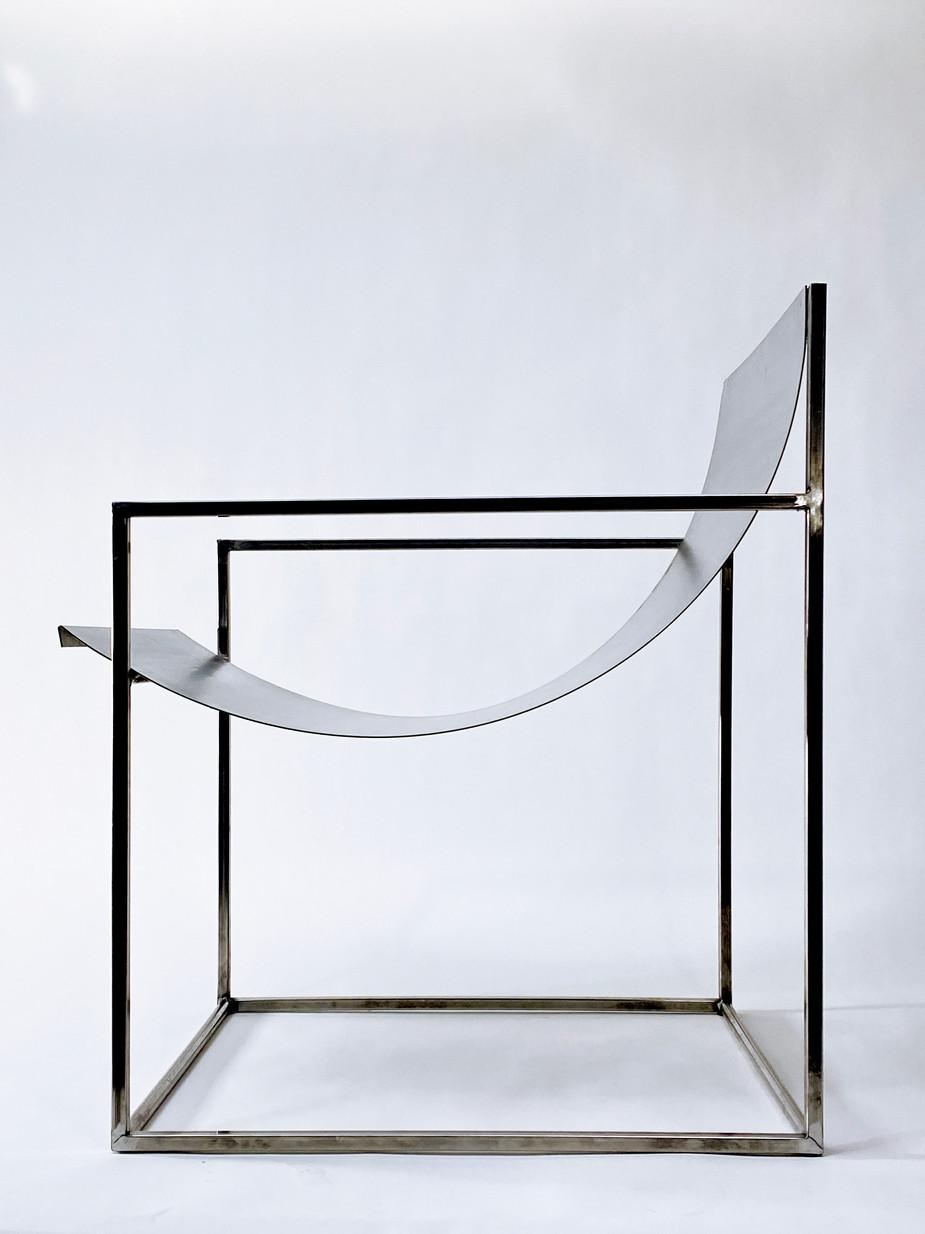 FA014_Steelchair