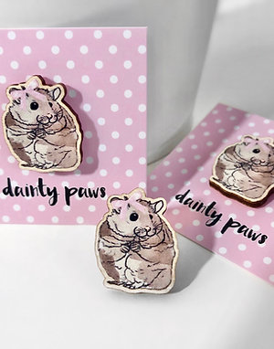 Dainty Paws Hamster Wooden Pin