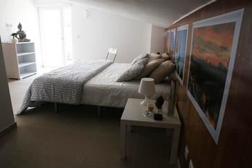Zambeachouse - TRIPLE ROOM - SUITE3.jpg