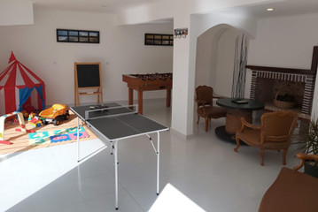 ZAMBEACHOUSE Hostel Paradise_6.jpg