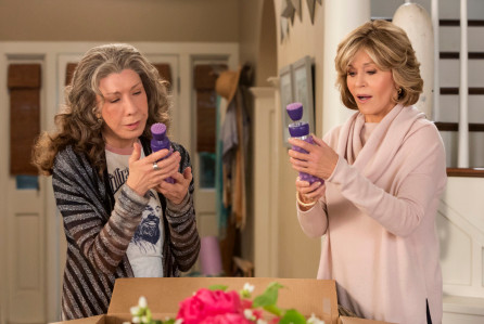 Lily Tomlin and Jane Fonda in Grace and Frankie