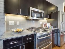 1233 Euclid St NW Washington-MLS_Size-011-KitchenBreakfast Bar-2048x1536-72dpi