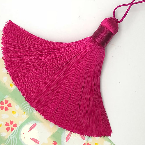 Medium Tassel ~ Tart Cherry