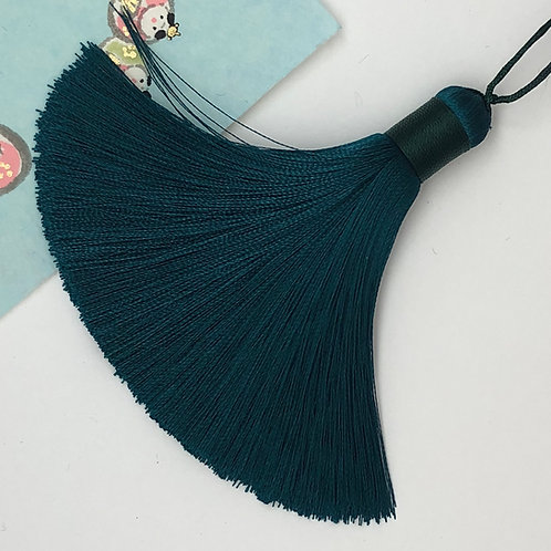 Medium Tassel ~Peacock Blue