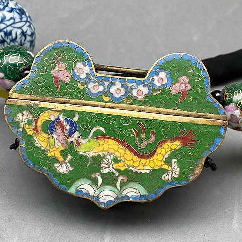 Cloisonné pendant necklace: Lock shape green ground with a yellow Dragon