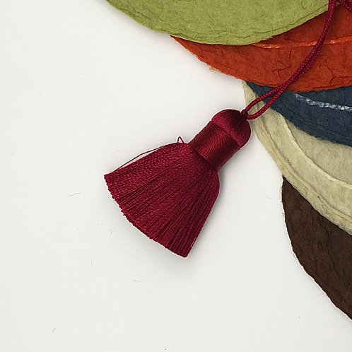 Small Tassel ~ Garnet