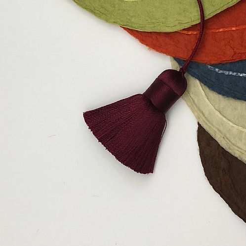Small Tassel ~ Burgundy