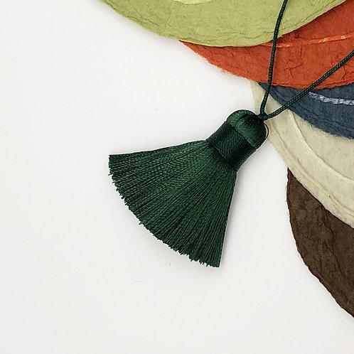 Small Tassel ~ Dark Green