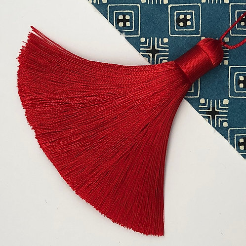 Medium Tassel ~ Ruby