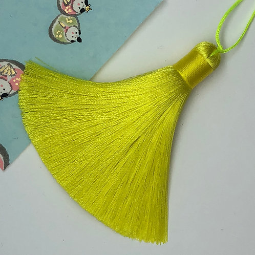 Medium Tassel ~ Neon Yellow