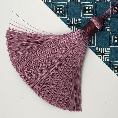 Medium Tassel ~ Midnight Rose