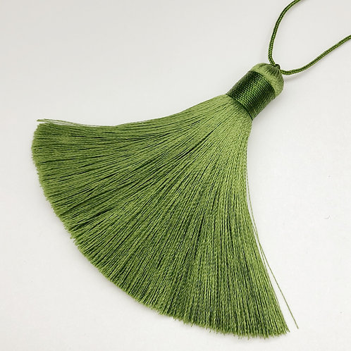 Regular Tassel ~ Olive green
