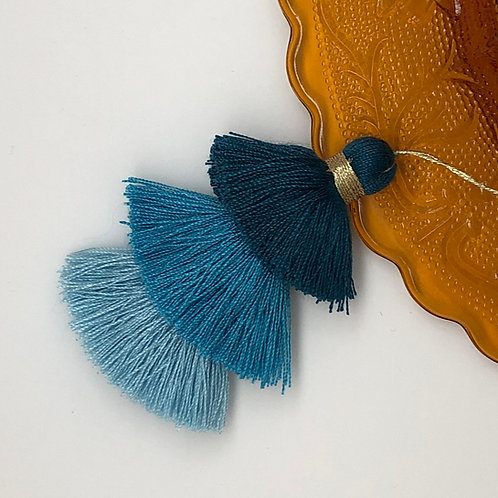Cotton tassel ~ #23 Prussian blue, Caroline blue, Baby blue