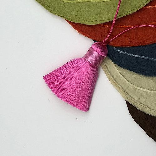 Small Tassel ~ Pink