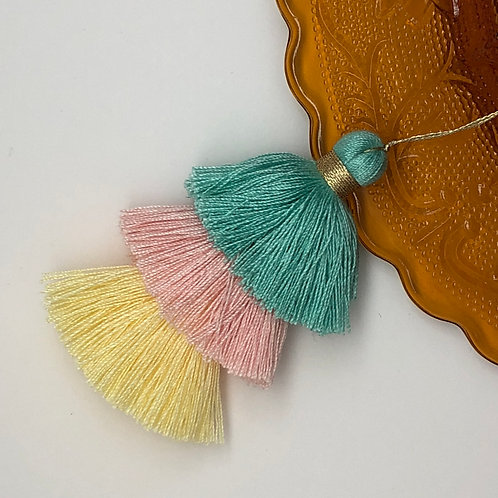 Cotton tassel ~ #16 Serenity, Orange creme, pale yellow