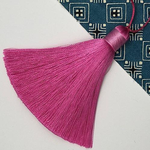Medium Tassel ~ Pink