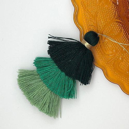 Cotton tassel ~ #11 Pine green, evergreen, spearmint