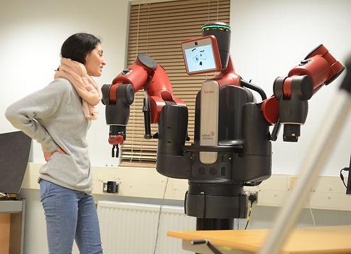 Baxter Project, robot theatre, actor Baxter, Talin Hildebrandt