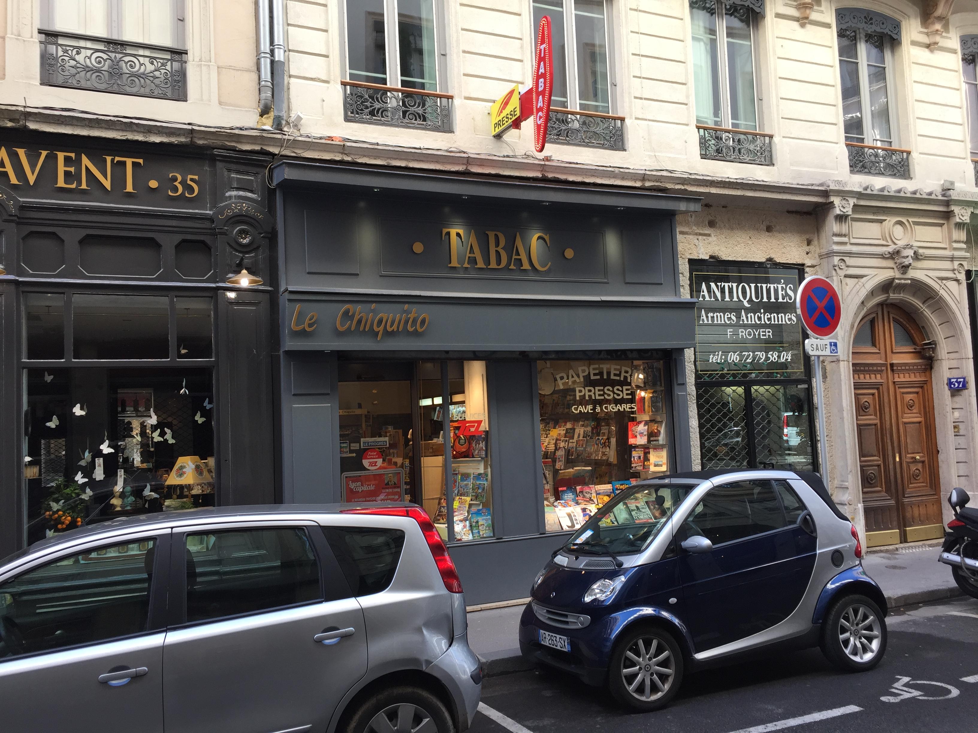 Tabac Rue Auguste Comte