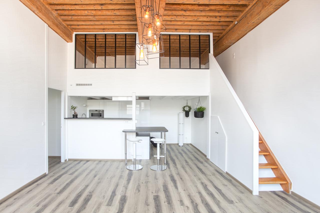 """Rénovation d'un appartement """"Canut"""""""