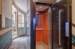 Ascenseur et accès cour intérieure