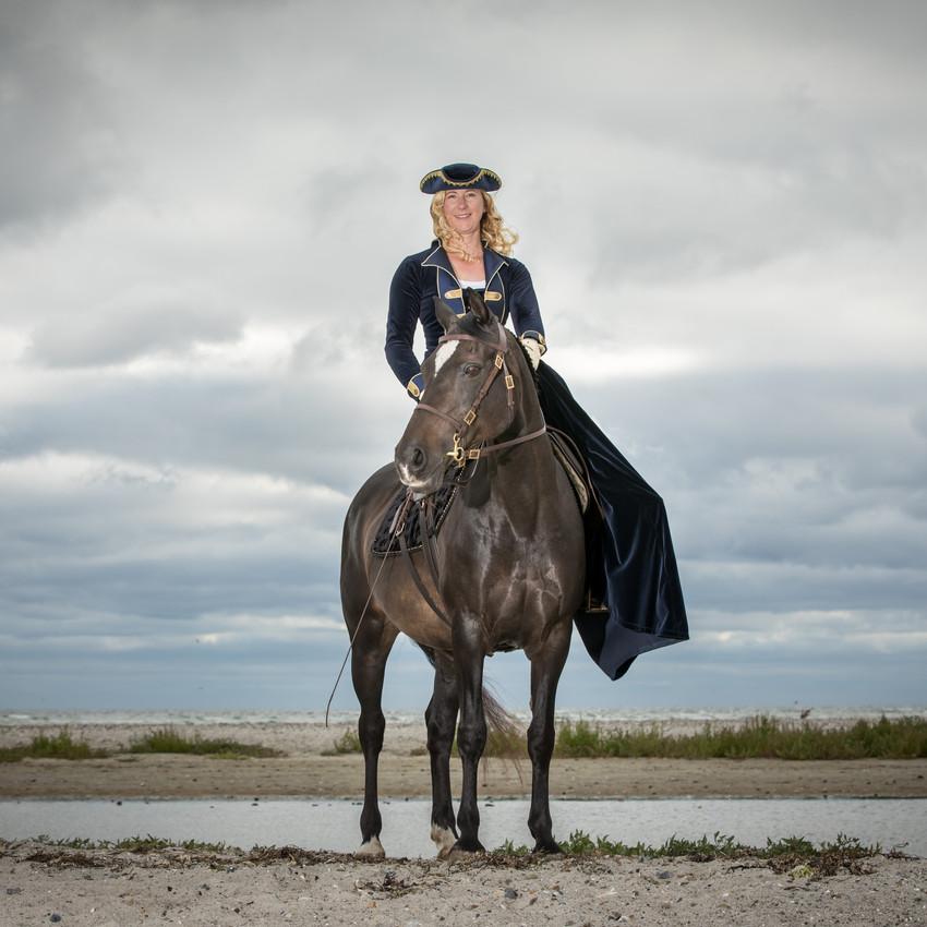 Andrea mit Pferden-3