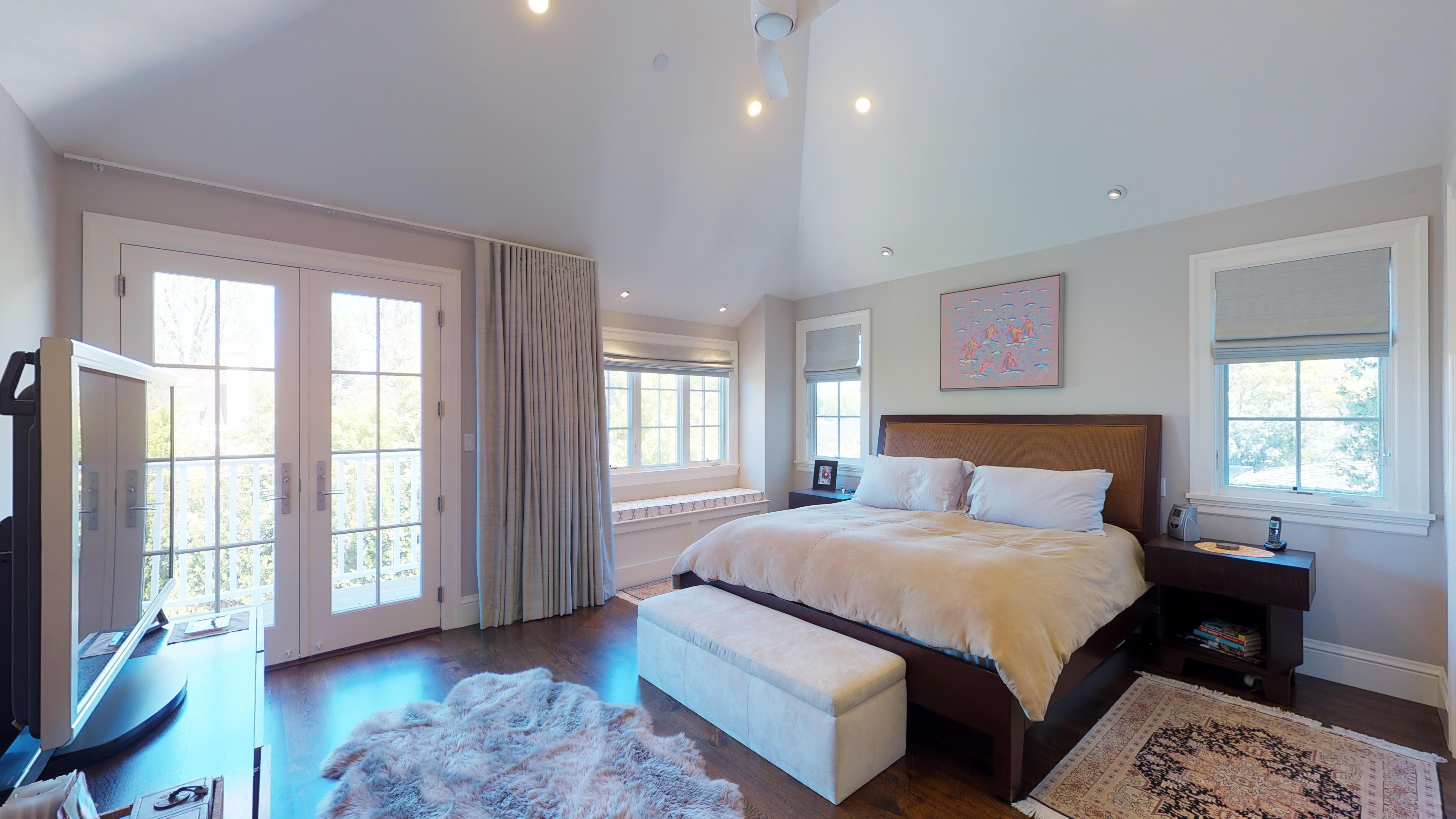 14 - Master Bedroom, Right Corner
