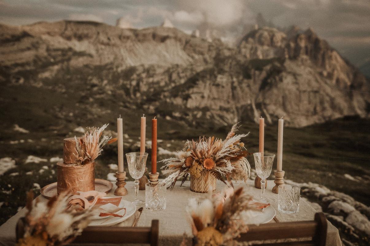 matrimonio-accessori-allestimento-tavolo-stile-boho-hippie-chic