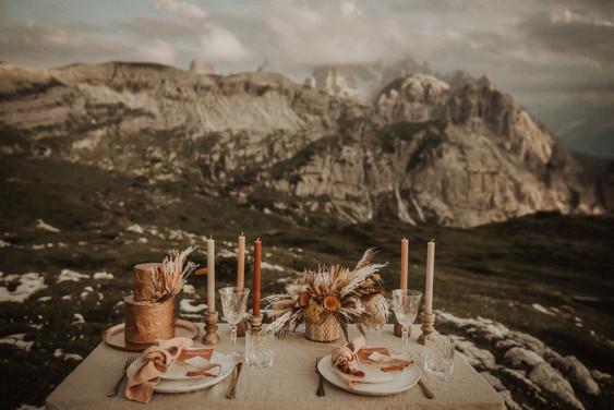 matrimonio-allestimento-fiori-accessori-tavolo-boho-chich-design