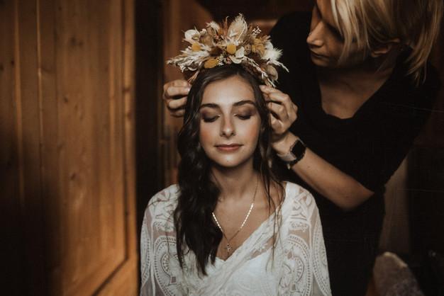 matrimonio-accessori-tiara-florale-stile-boho