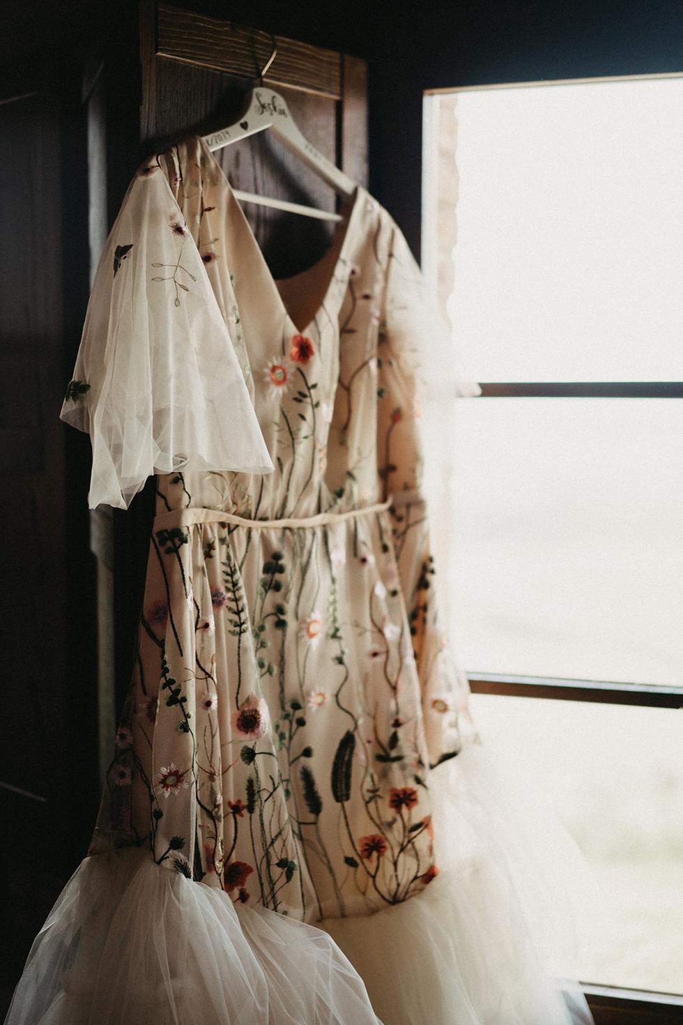 wedding-afterwedding-planning-styling-dress