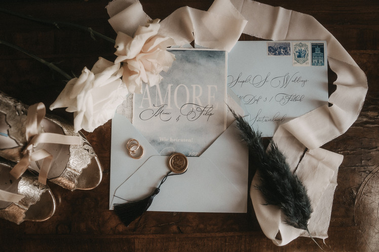 stationary-wedding-planner