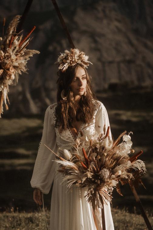 abito-sposa-elegante-stile-tema-boho-chic