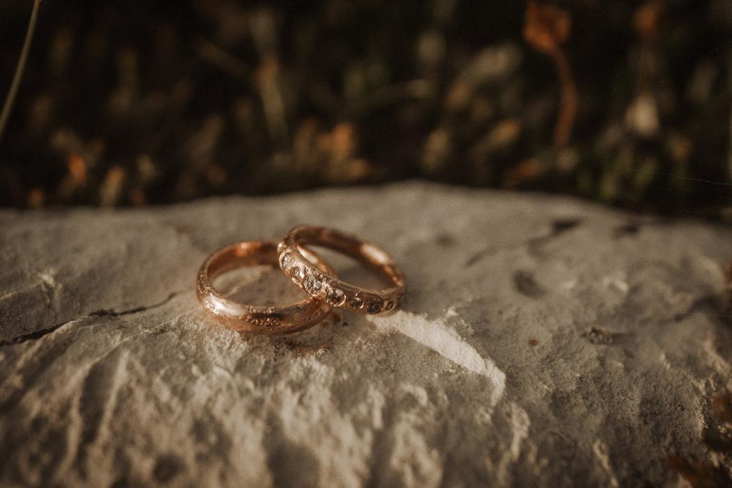 matrimonio-fede-bronzo-stile-boho