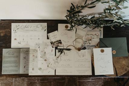 Stationary Tuscany Wedding