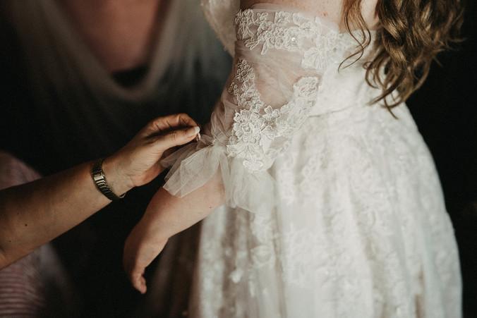 wedding-dress-planning-shopping