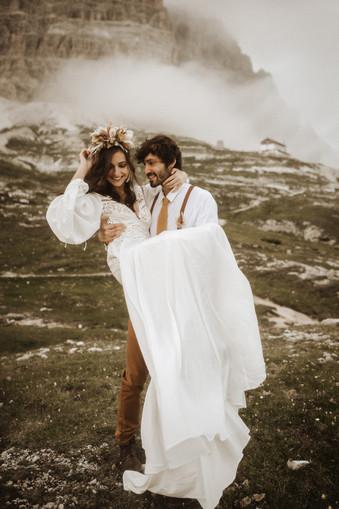 abito-sposa-fuga-d'amore-stile-boho-tema-bohemien