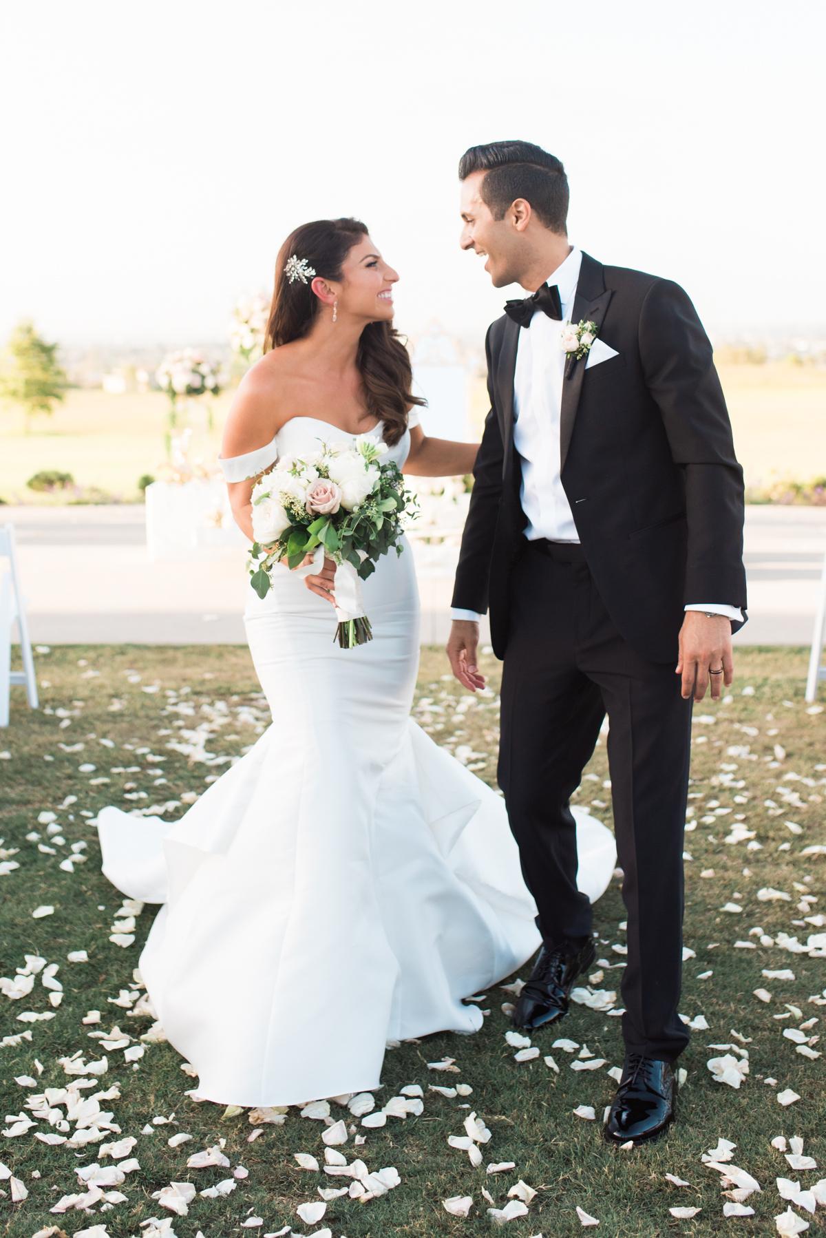 Blog Roxy Farbod Rolling Hills Country Club Wedding Sneaks _ Hello Blue Photo-67