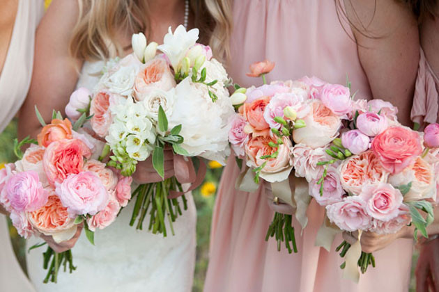 garden-rose-ranunculus-peach-pink-bouquets TRES JOLIE EVENTS.jpg