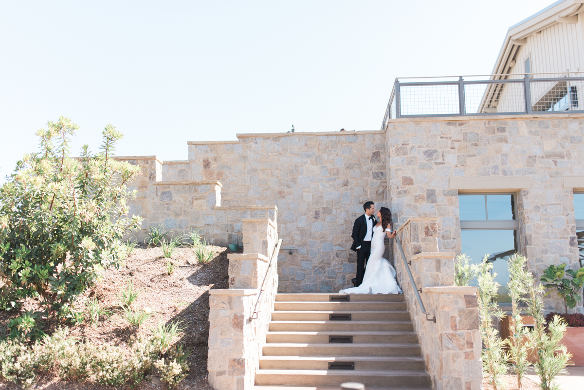 Blog Roxy Farbod Rolling Hills Country Club Wedding Sneaks _ Hello Blue Photo-38