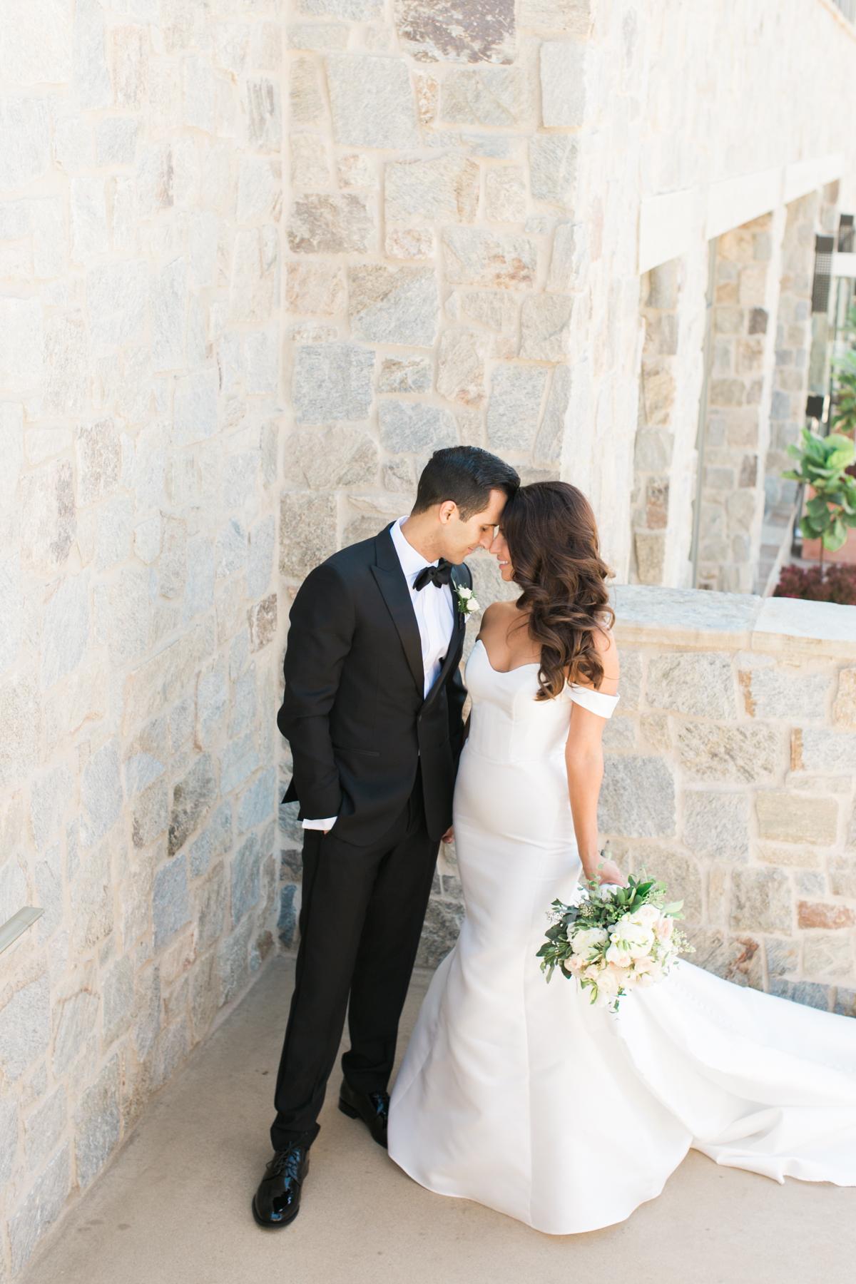 Blog Roxy Farbod Rolling Hills Country Club Wedding Sneaks _ Hello Blue Photo-43