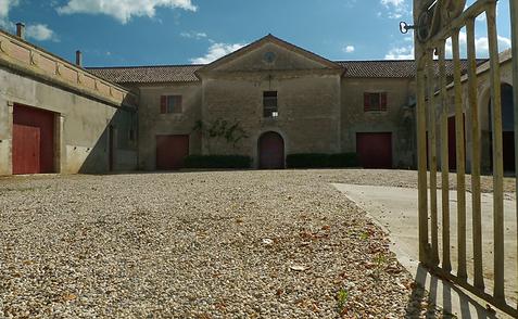 facilité de parking au château saint denis