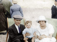 Frederick Charles Harris with parents Frederick John Harris and Margaret Miriam (May) Valentine