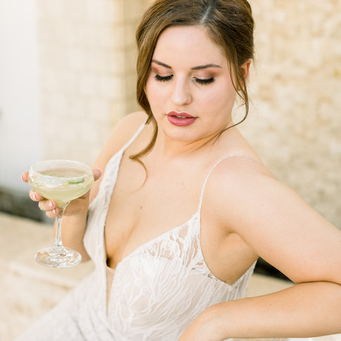 beautiful bride with natural makeup