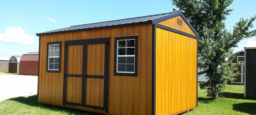 utility shed 9.JPG