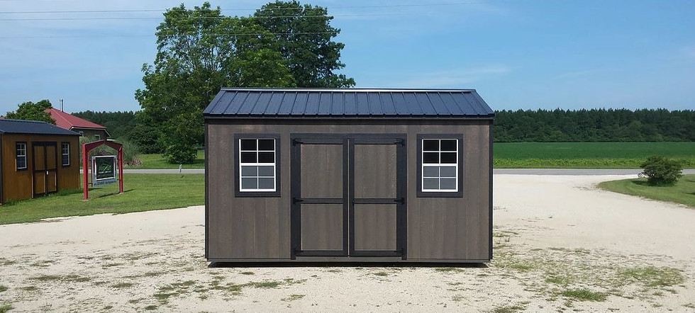 utility shed 10.JPG
