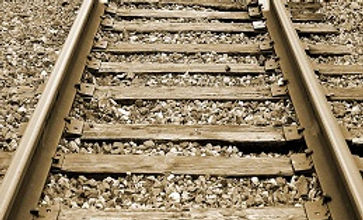 railroad_tracks_365.jpg