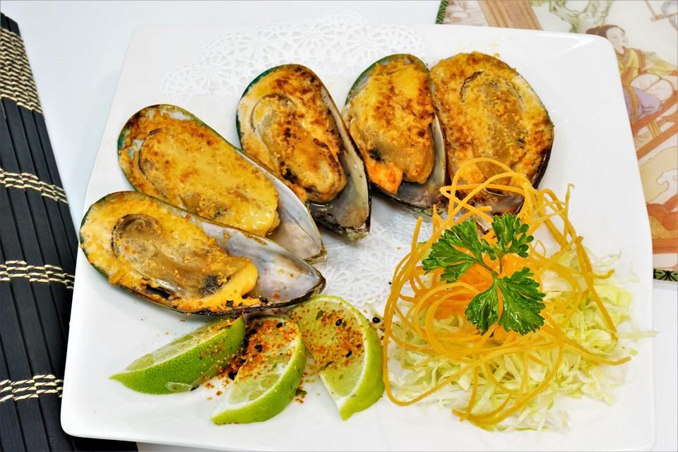 New Zeland Mussels.JPG